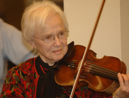 Virginia Harpham, violinist